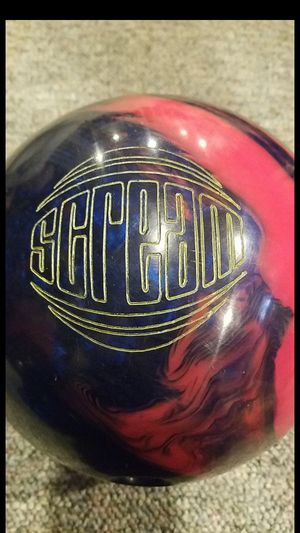 Roto grip scream bowling ball for Sale in Hanover, MD