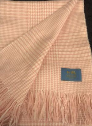COACH pink and white wool scarf for Sale in Concord, MA