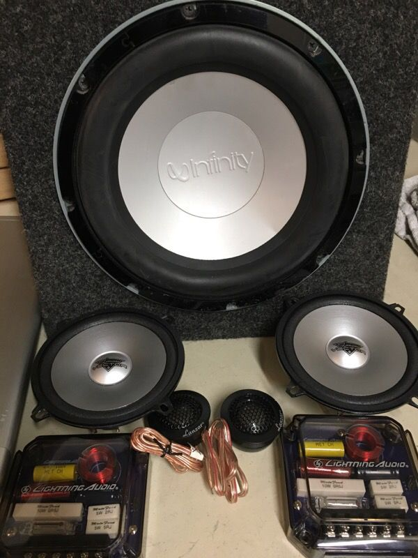 PACKAGE DEAL- 1600W 4 Channel W/Remote Subwoofer level control, 10