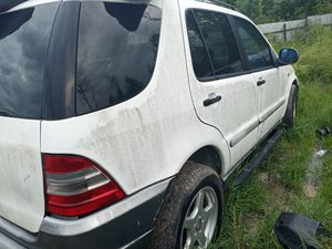 2001 Mercedes ML 320 parts for Sale in Houston, TX