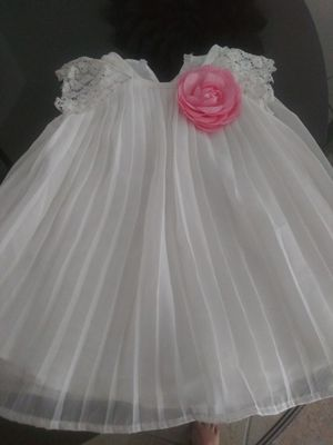Baby girl formal dress size 18 months for Sale in Miami, FL