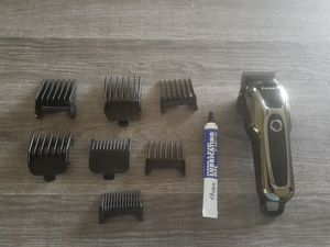 """KEMEI "" PROFESSIONAL RECHARGEABLE HAIR CLIPPER for Sale in Tulare, CA"