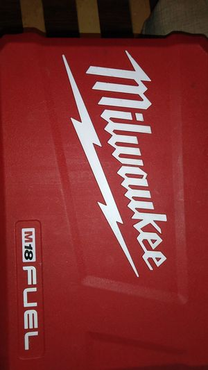 Milwaukee cordless drill with 25.0 batteries bluetooth for Sale in Anaheim, CA