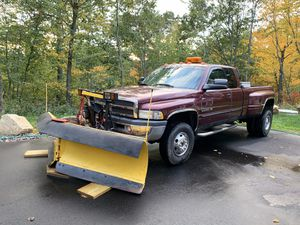 2001 Dodge Ram 3500, dually, V-10, extended cab with 9 1/2 ft. V-Plow. 113k miles . Runs great. New radiator and brake lines. for Sale in Wolcott, CT