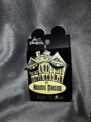 2001 Haunted Mansion {url removed} the dark disney pin for Sale in Chino, CA