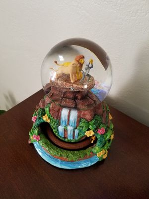 New Disney Collectible Large Animated Musical Lion King Globe for Sale in El Paso, TX
