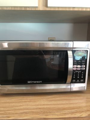 Emerson microwave for Sale in Tampa, FL