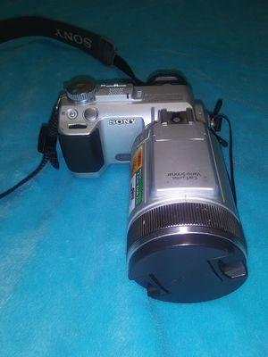 SONY Cyber-shot DSC F717 Digital Camera for Sale in Humble, TX