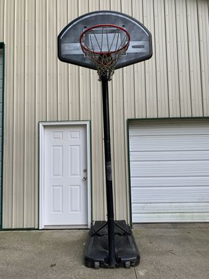 Basketball hoop for Sale in Bellville, OH