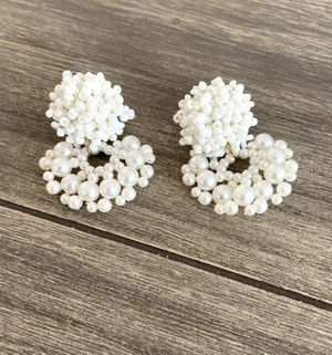 White pearl earrings for Sale in Quincy, MA