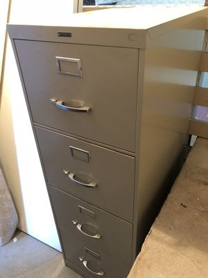 File Cabinet 4-drawer for Sale in Seattle, WA