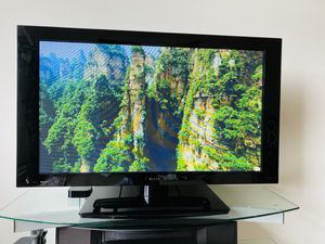 Pioneer Elite Pro 43 Inch Flatpanel TV for Sale in Sterling, VA