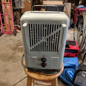Space Heater for Sale in Ocean Shores, WA
