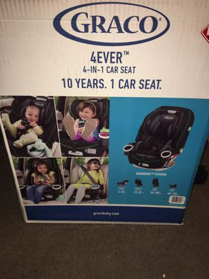 Graco 4-in-1 car seat Msrp $299 asking $250-$200 for Sale in Detroit, MI