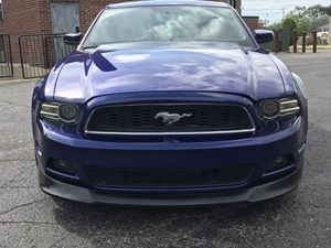 2013 Mustang premium edition for Sale in Dearborn, MI