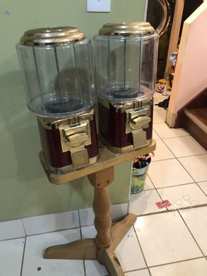 Vintage candy machine/vending machine for Sale in Melrose Park, IL