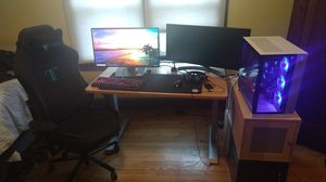 High End Gaming Computer, Desk, and Chair for Sale in Chicago, IL