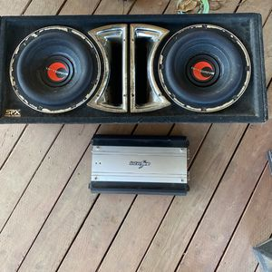 Competition to 12 inch subwoofers And Amp for Sale in Tulare, CA