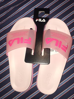 FILA WOMENS DRIFTER LUXE CLEAR for Sale in Silver Spring, MD