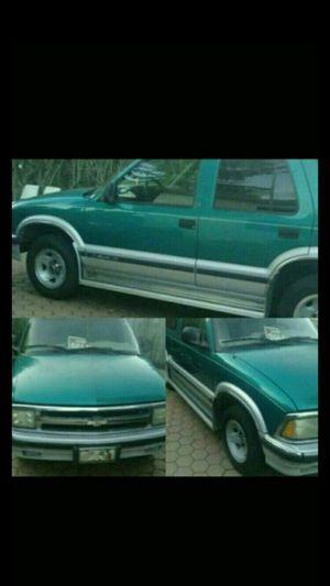 1995 Chevy Blazer for Sale in Princeton, FL