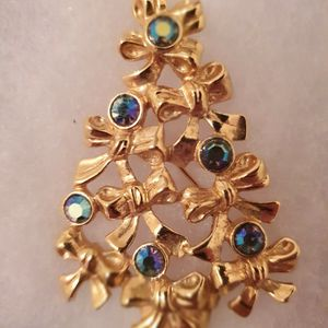 Christmas Tree Gold Brooch Pin for Sale in Windermere, FL