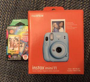 Instax mini camera for Sale in Ridgefield Park, NJ