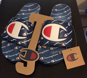 💯 AUTHENTIC CHAMPION ROYAL BLUE CHENILLE C REPEAT SPORT SLIDES SIZE 9 NEW WITH TAGS Supreme Deal!!! $45 Receipt for Sale in Raleigh, NC