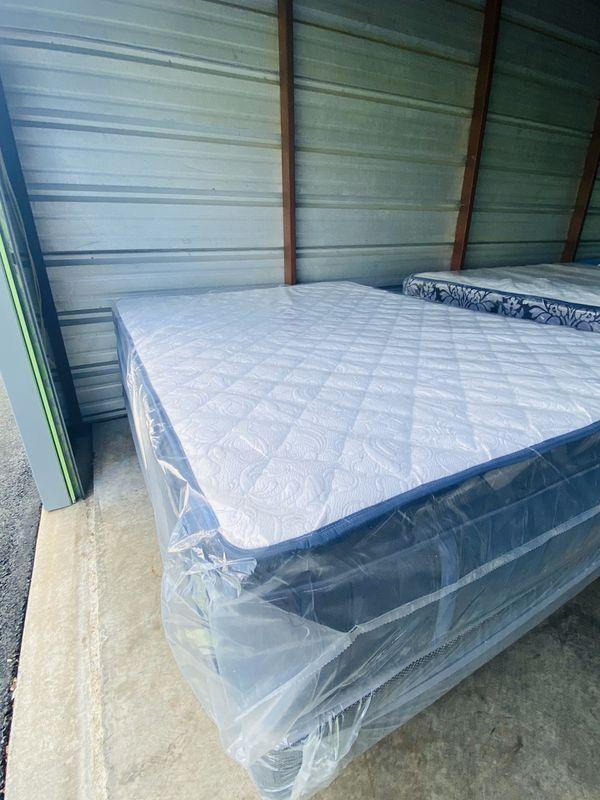 Brand new beds ! Camas nuevas ! 🚚😱