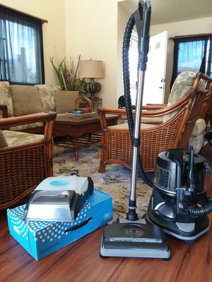 🌈RAINBOW VACUUM 🌈E-2 SERIES for Sale in Kapolei, HI