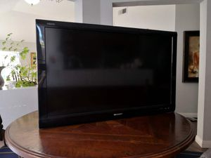 Sharp Aquos TV with Wall Mount Bracket for Sale in Newport Beach, CA