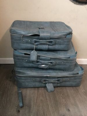 Vintage suitcase for Sale in San Diego, CA