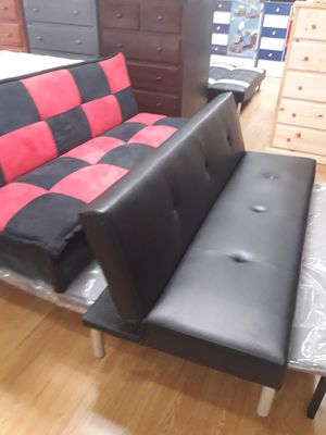 Leather futon for Sale in Moreno Valley, CA