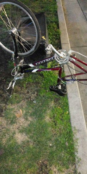 Giant 26 inch mtn bike for Sale in Fresno, CA