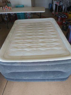 Queen-size air mattress for Sale in Peoria, AZ