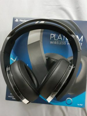 Ps4 Pro Platinum Wireless BT headset for Sale in Hollywood, FL