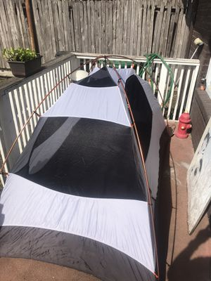 """Camping tent 92""""x54"""" sleep 2 person aluminum poles for Sale in Houston, TX"""
