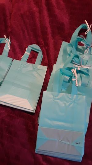 130 gift bags in groups of 10.. for Sale in Alexandria, LA