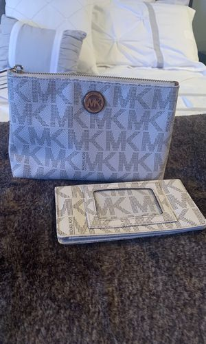 Michael Kors Make-up Bag and Checkbook Cover for Sale in Murfreesboro, TN