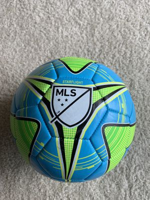 New Franklin Soccer Ball Size 5 (pick up only) for Sale in Ashburn, VA