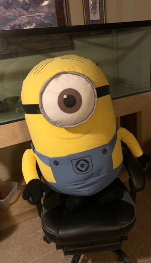 HUGE minion stuffed/teddy for Sale in Lakeland, FL