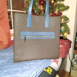 Michael Kors for Sale in Cuyahoga Falls, OH