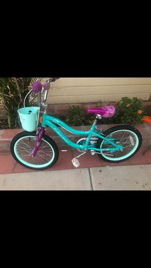 Brand new schwinn elm girls 18 inch bike for Sale in Phoenix, AZ