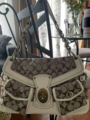 Vintage Coach bag collection Excellent condition for Sale in Centreville, VA