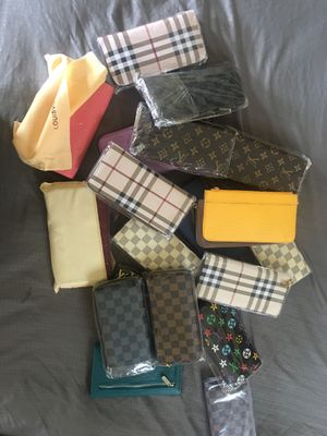 Woman wallets for Sale in Poinciana, FL