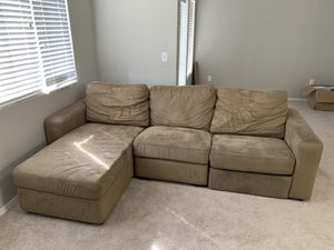 Tan Sectional couch with power recliner for Sale in Glendale, AZ