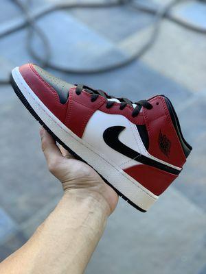 Jordan 1 Mid Chicago size 6.5Y for Sale in Hamburg, NY
