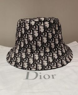 Dior Bucket Hat for Sale in Syosset,  NY