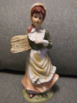 Victorian Figurine for Sale in San Angelo,  TX