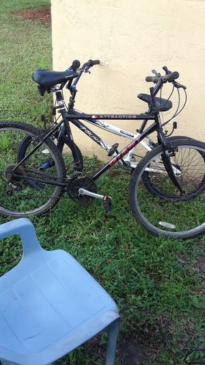 Giant attraction mountain bike for Sale in Carol City, FL