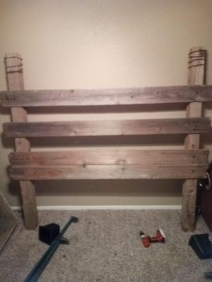 Queen size bed frame for Sale in Temple, TX